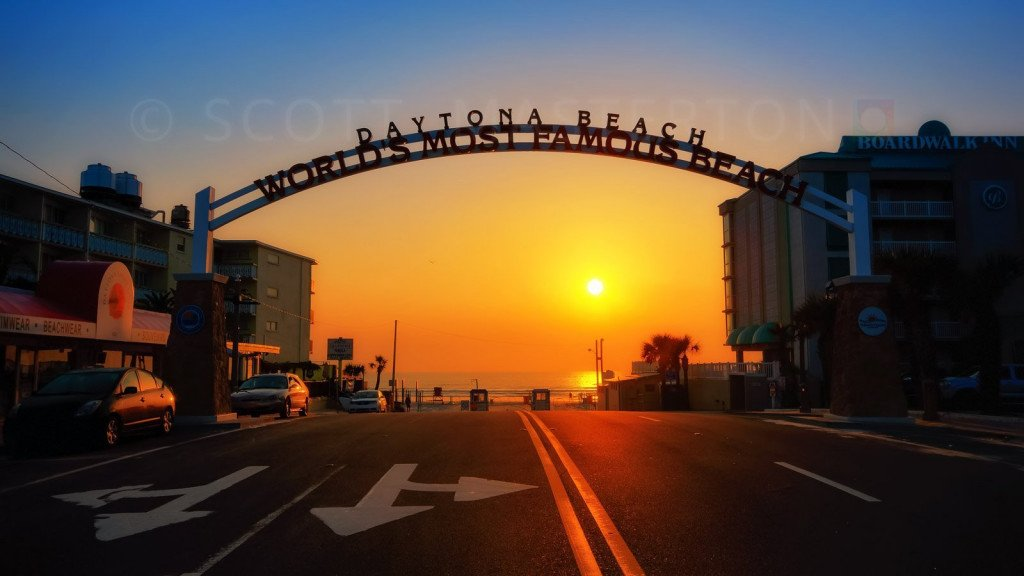 beach entrance, sunrise, Daytona Beach, Florida, USA.